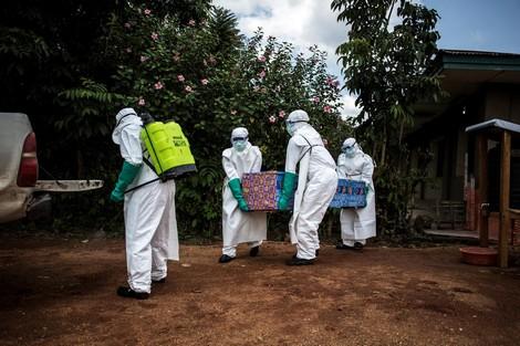 """""""إيبولا"""" يقتل 350 شخصا في الكونغو الديمقراطية"""
