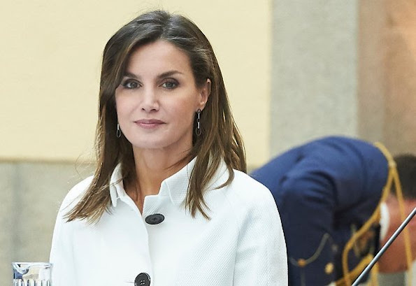Queen Letizia attended the annual meeting with the members of the Boards of the Prince of Asturias Foundation. She wore Felipe Varela coat.