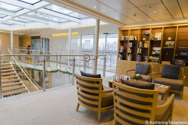 Review Viking River Cruises Longship Library