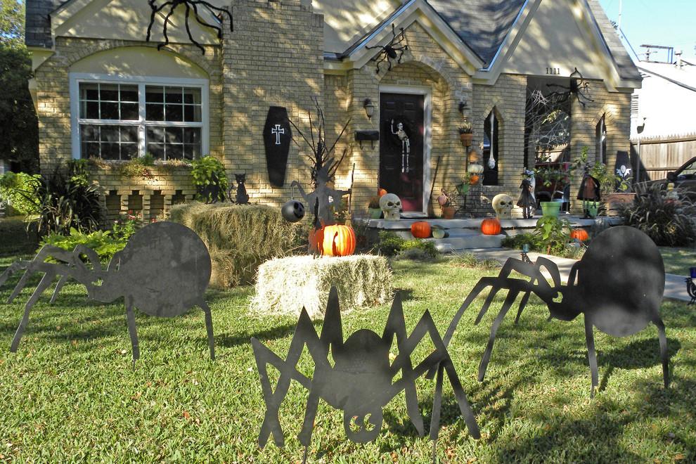Charmant Décoration Halloween Créative Et Terrifiantelu0027extérieur De La Maison