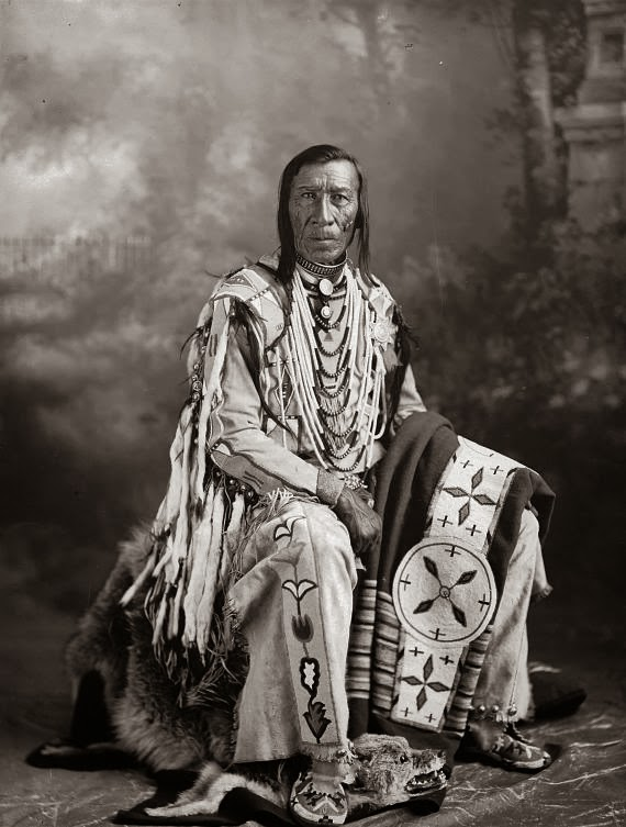 Blackfoot Indians Images - Reverse Search