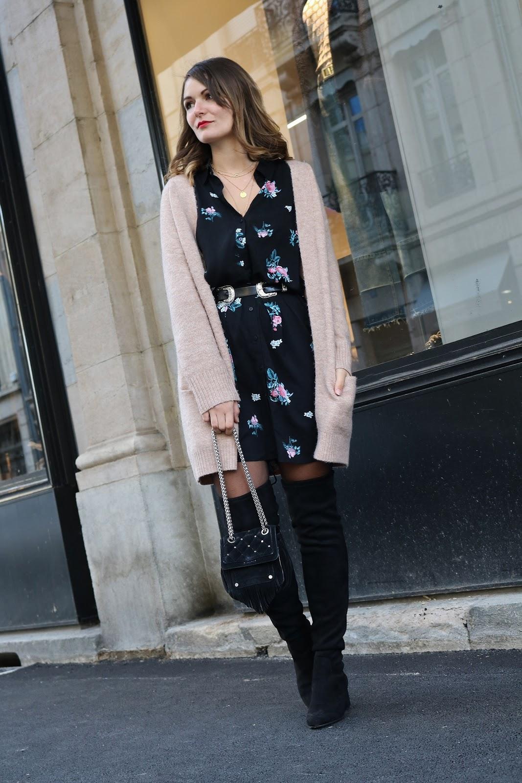 pauline-dress-besancon-blog-mode-cuissardes-tendances-hiver-automne-gilet-cocooning-rose-pale-vieux-kiabi-jonak-promod-robe-fleurs-fleurie-square-saint-amour