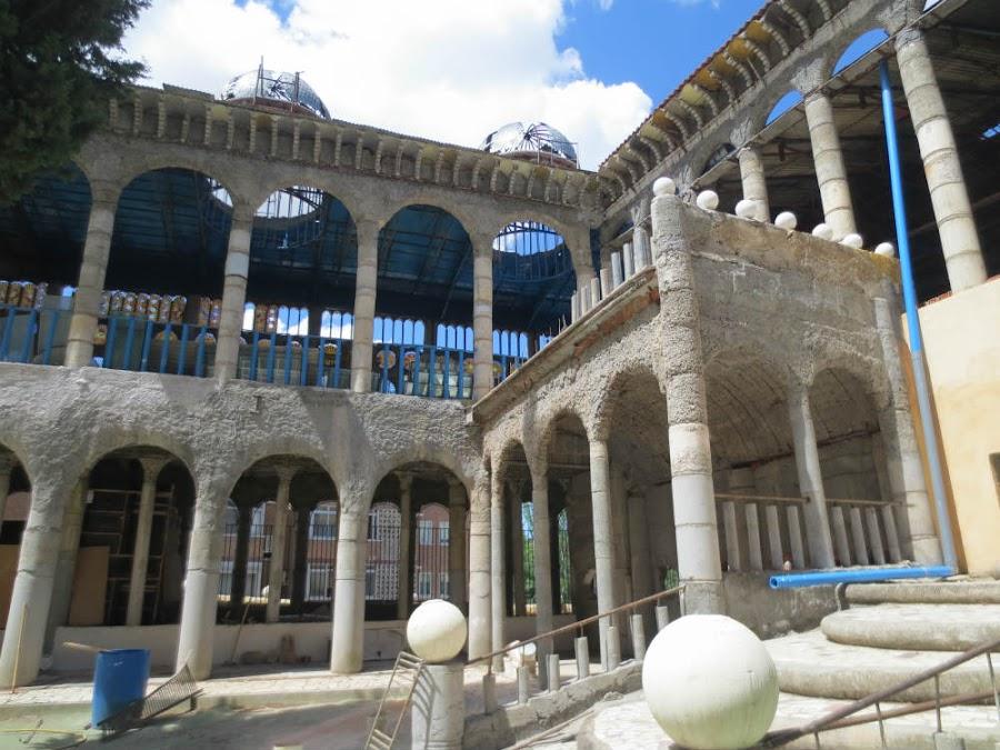 Claustro de catedral de Mejorada del Campo