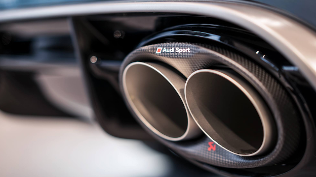 Tytanowy układ wydechowy Akrapovič dla Audi RS 6 / RS 7