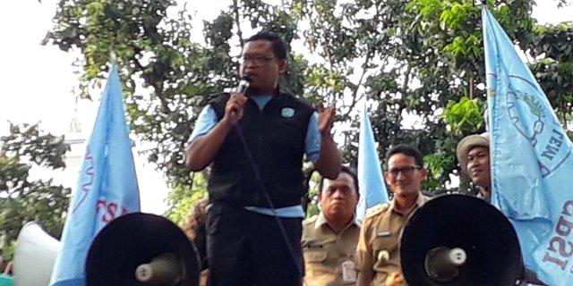 Tanggapi Tuntutan Buruh Minta UMP 4 Juta, Begini Jawaban Muter-muter Gak Jelas dari Sandiaga