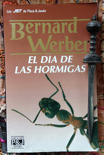 Portada del libro El día de las hormigas, de Bernard Werber