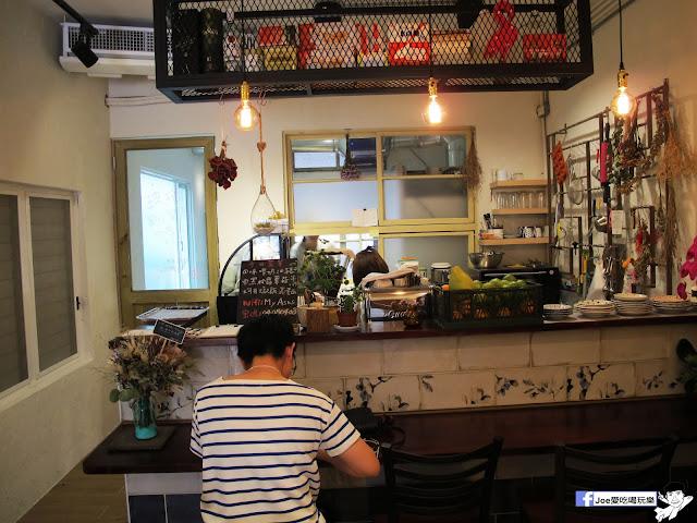 IMG 4941 - 【台中美食】肆月捌 X DAKUAIDAI 甜室 | 台中老屋餐廳又一間,隱藏在巷弄裡新穎好滋味,每道料理都非常令人驚艷!! 尤其是舒肥豬~ 入口即化 讓人回味無窮