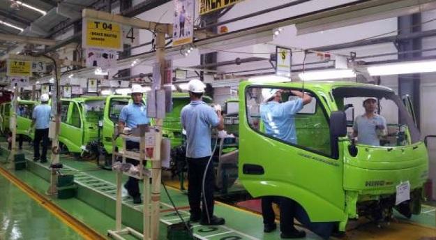 PT HINO Motor Buka Lowongan Kerja Bagian Mekanik (Lulusan SMA/SMK/Setara)