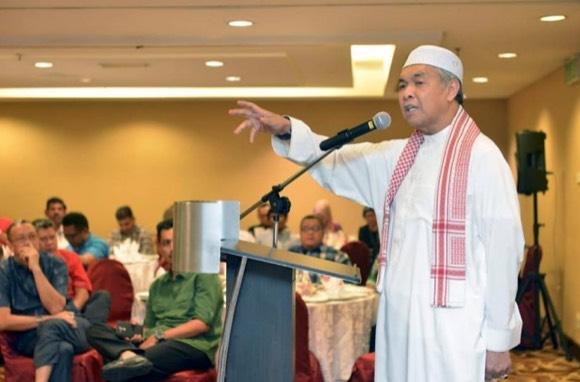 Zahid Hamidi Kata Kerajaan Pakatan Harapan Macam Tempe