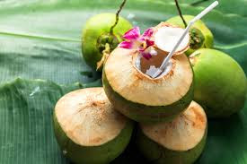 10 NUTRITION CONTENTS & BENEFITS OF COCONUT WATER FOR PREGNANT WOMEN