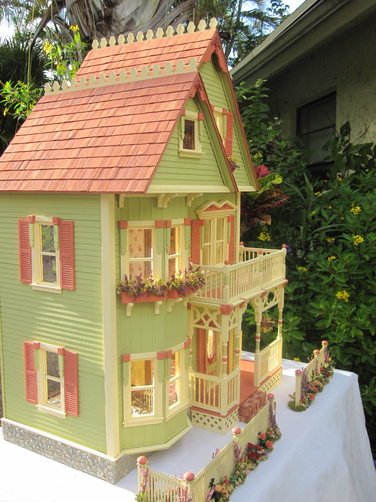 Dollhouses By Robin Carey New Gothic Victorian Dollhouse