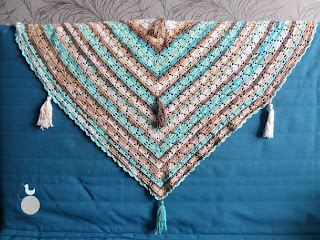 Bawełniana chusta z frędzlami