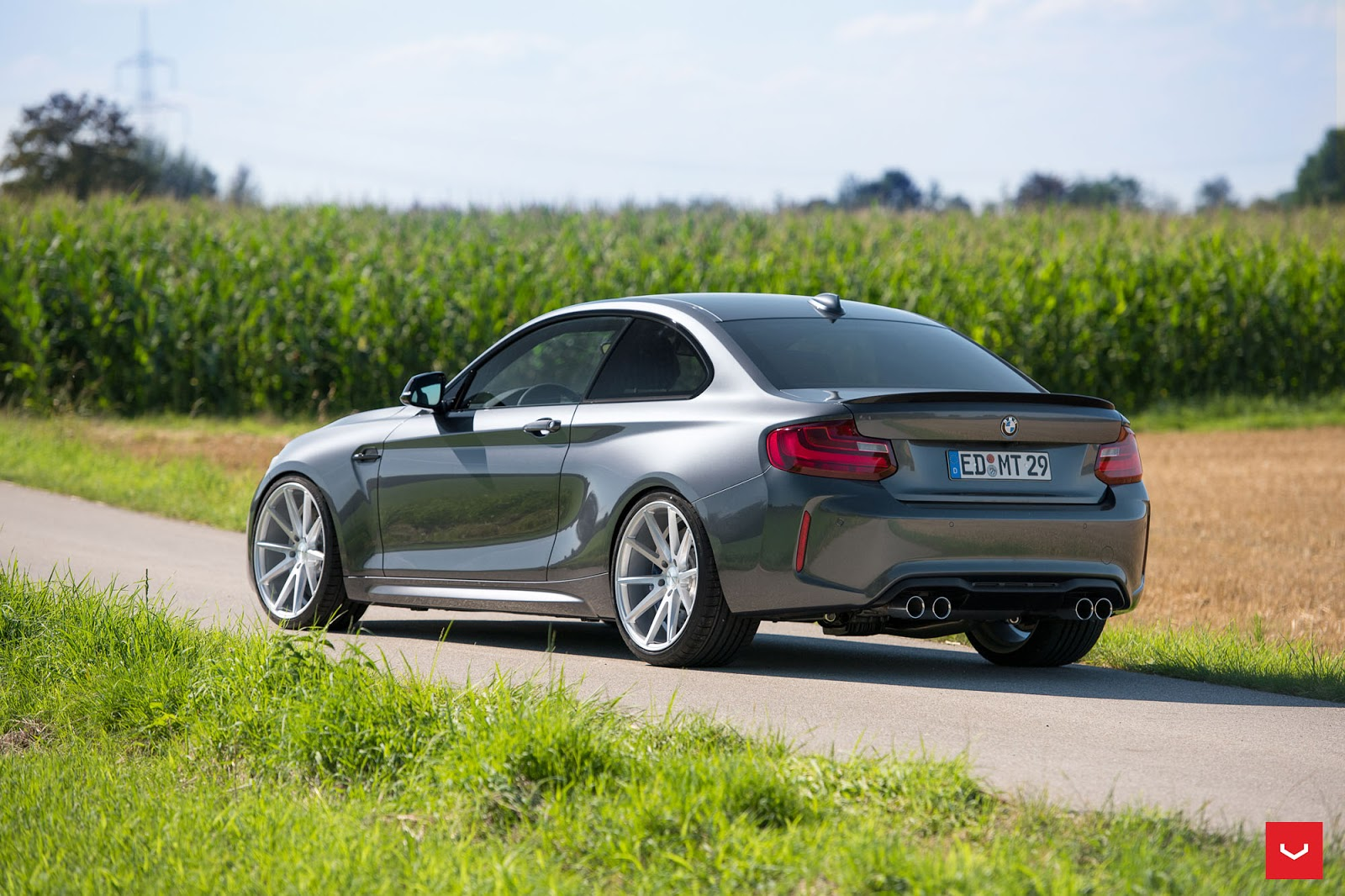 bmw m2 tries on a set of 20 concave rims. Black Bedroom Furniture Sets. Home Design Ideas
