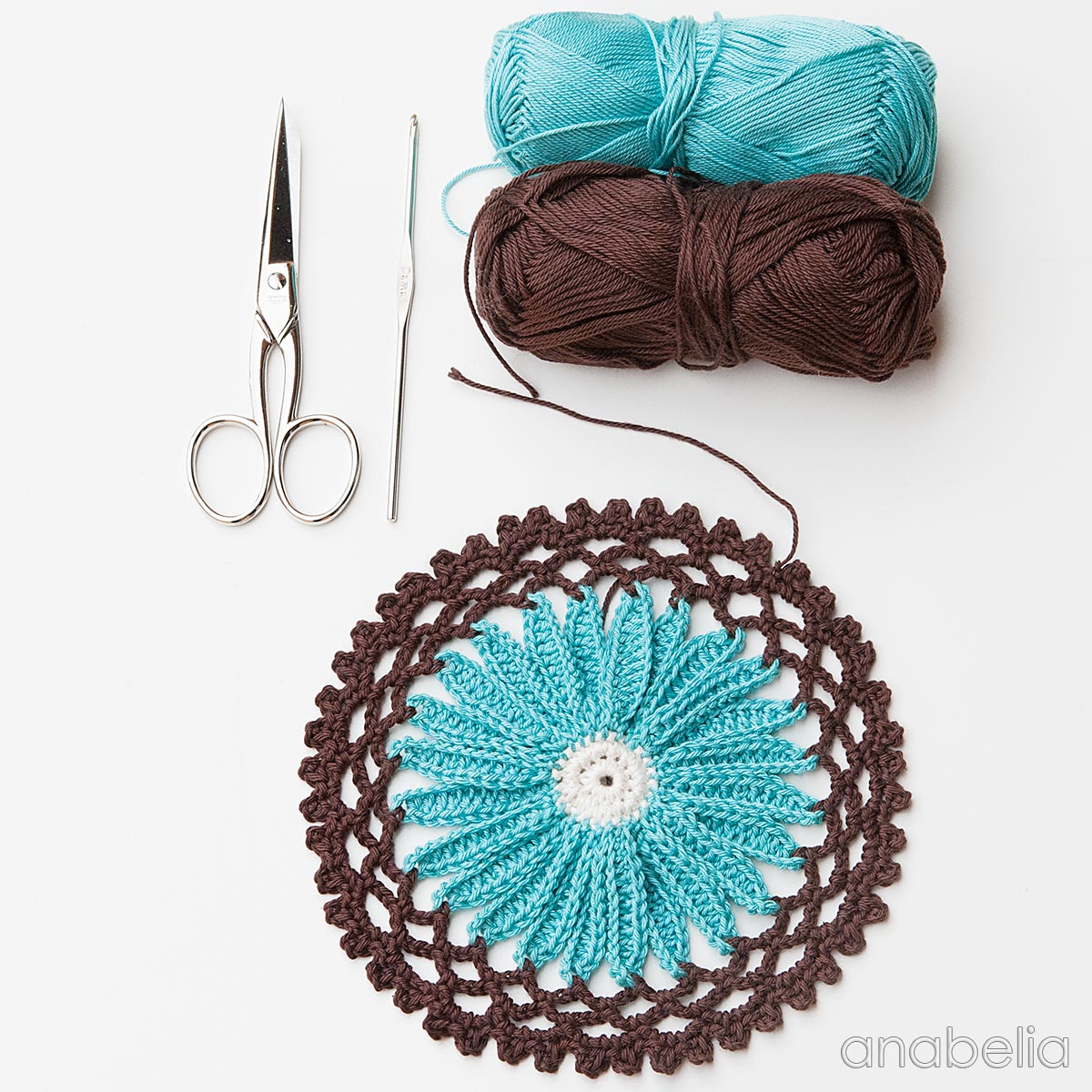 Daisy flower crochet motif on my work table this week | Anabelia ...