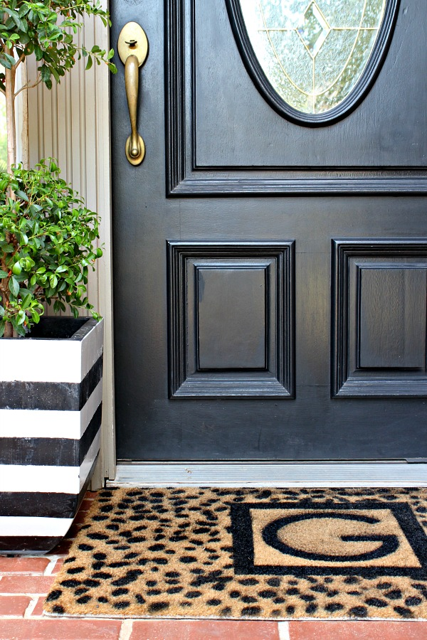 DIY door mat, cheetah spot stencil, monogrammed door mat tutorial