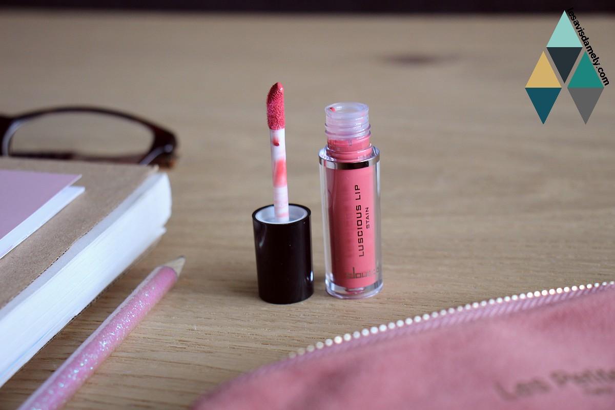 rouge à lèvres liquide mat Doucce