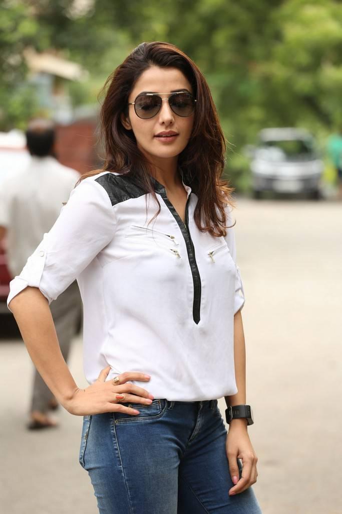 Sonia Mann Stills At Dr Chakravarthy Movie Interview