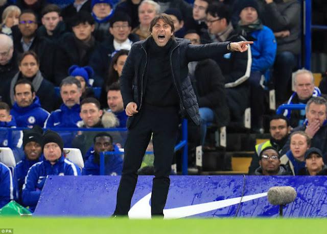 Chelsea hòa Arsenal: Conte chê Morata, giãy nảy đòi bù giờ 10 phút 1