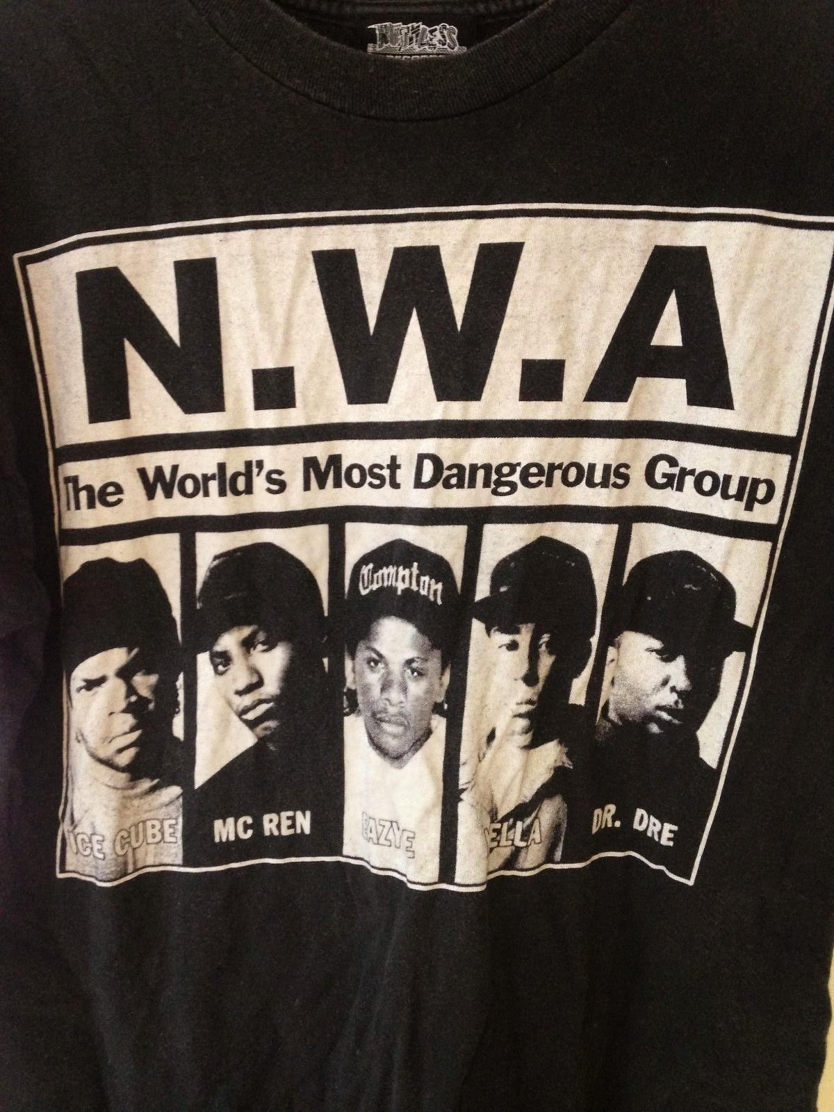e42653ba NWA t shirt vintage Dr Dre Urban outfitters Hiphop Medium Eazy ...