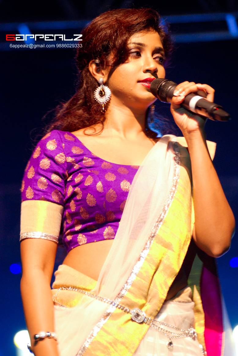 Actress Largest Navel,Cleavage,Hip,Waist Photo Collections  Shreya -6128