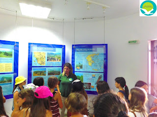 Επίσκεψη μαθητών από την πρώτη και δεύτερη κατασκηνωτική περίοδο Σαγιάδας στο κέντρο πληροφόρησης Καλαμά