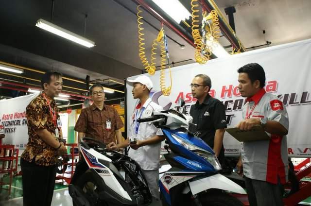 Kompetisi-Teknik-Sepeda-Motor-Honda-2017