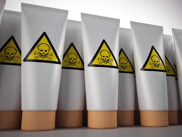 Tips Memilih Produk Kosmetik Kulit yang Aman Digunakan