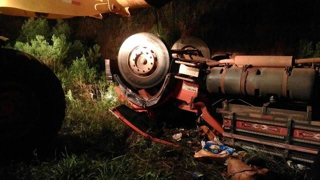Acidente fatal com caminhoneiro em Roncador