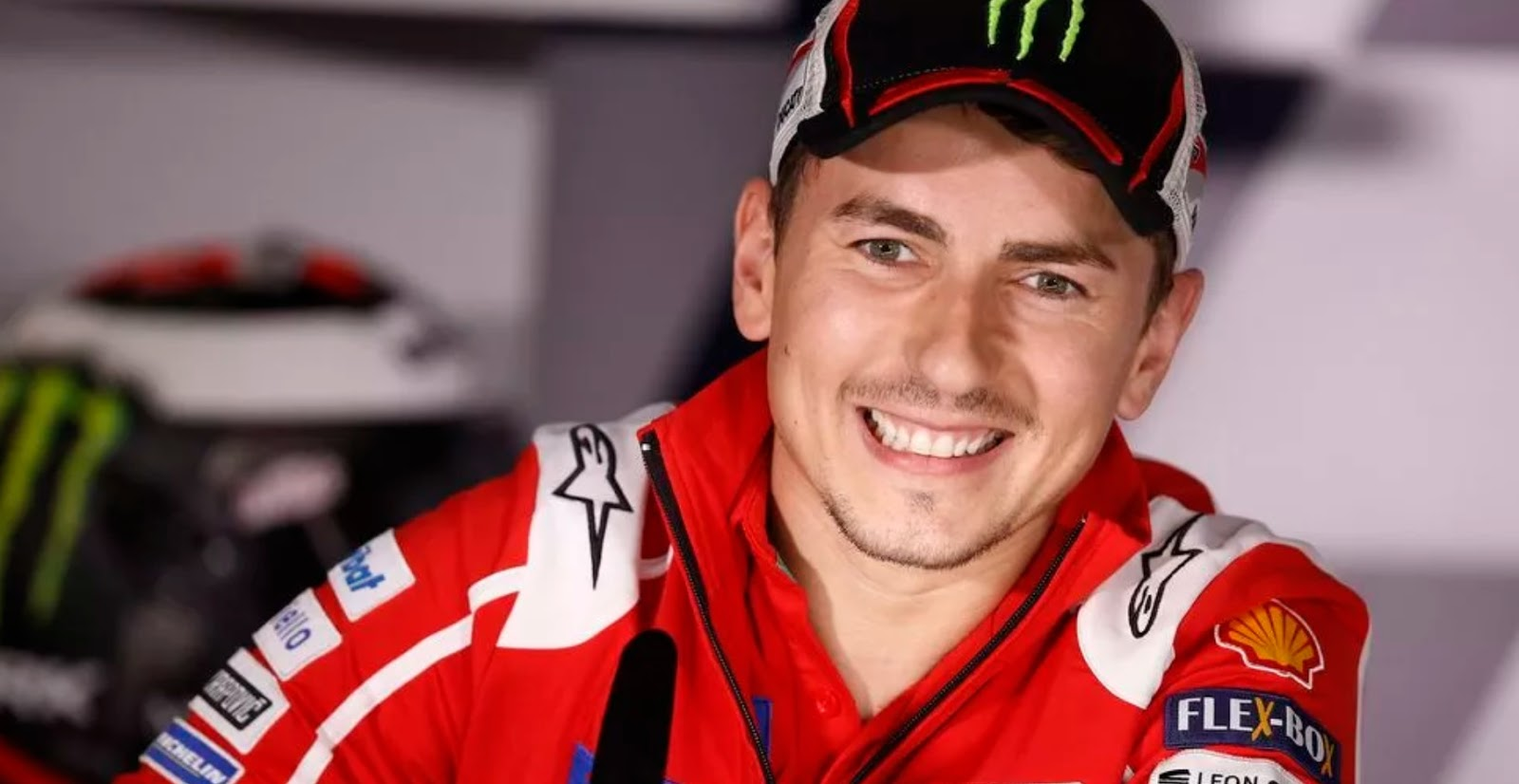 Increase in salary of Jorge Lorenzo