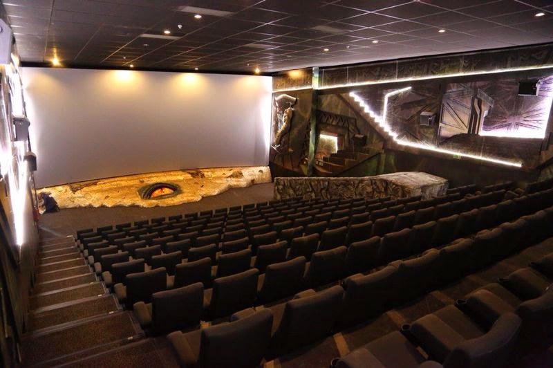 Kin polis adapta una sala entera para el hobbit la batalla for Sala 8 kinepolis
