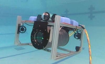 La tecnologia làser de guia estreta permet comunicacions entre vehicles submarins