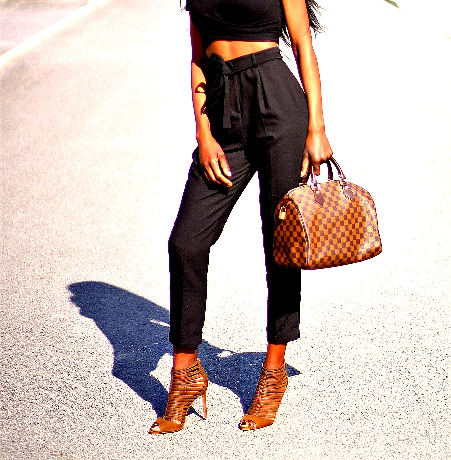pantalon-taille-haute-crop-top-sac-speedy-louis-vuitton