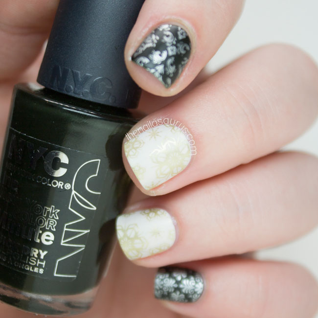 Christmas False Nails Uk: Wrapping Paper Nails, Christmas Gifts On EBay And A