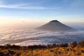 Gunung Sumbing (3.371 MASL)