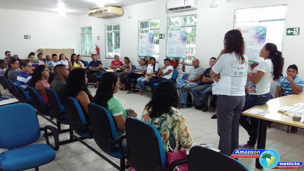 Associações, grupos, conselhos e entidades representativas participam de oficina de avaliação, planejamento e fortalecimento institucional