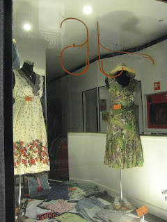 d8beb5cdaaba Lojas de roupa em segunda mão (Montréal e Porto) | INDÚSTRIAS CULTURAIS