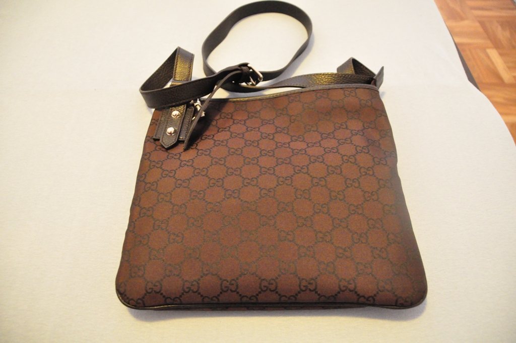 4653032b331 Lovely Branded Handbags  ( CRAZY SALES ) - GUCCI