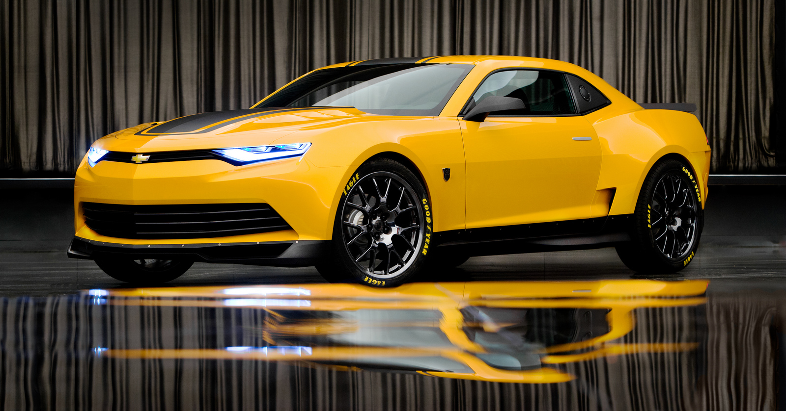Transformers 4 Bumblebee And Spy Video