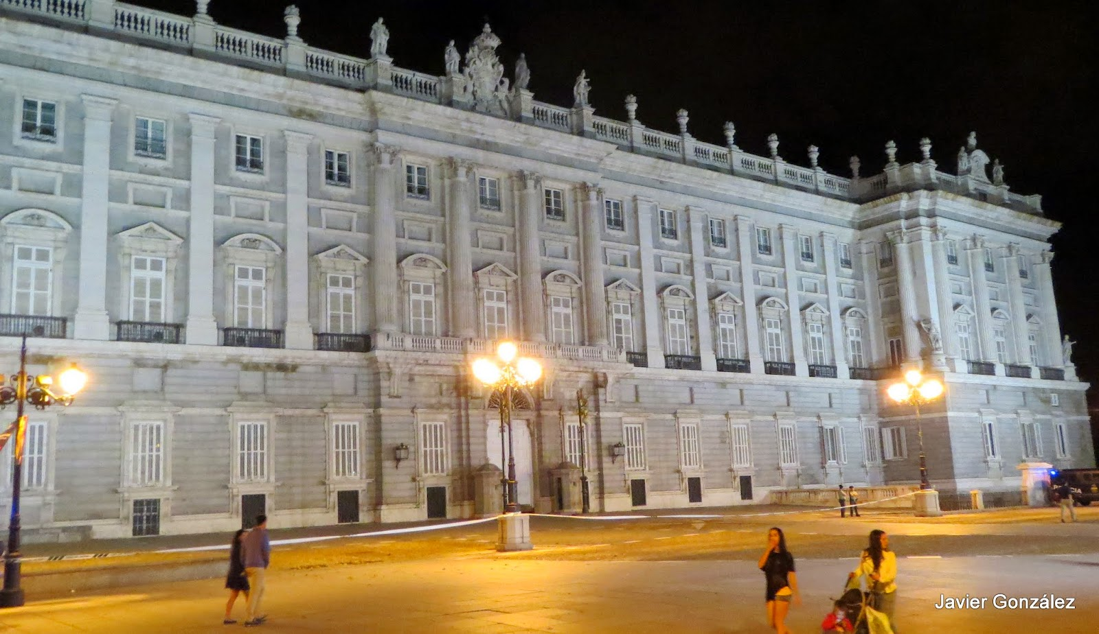 Palacio Real. Madrid. Nocturno
