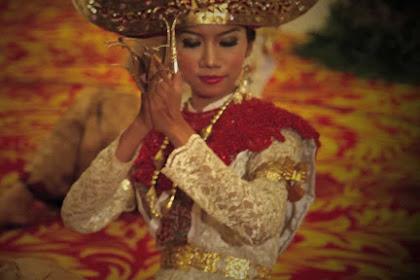 Tari Cangget dari Provinsi Lampung