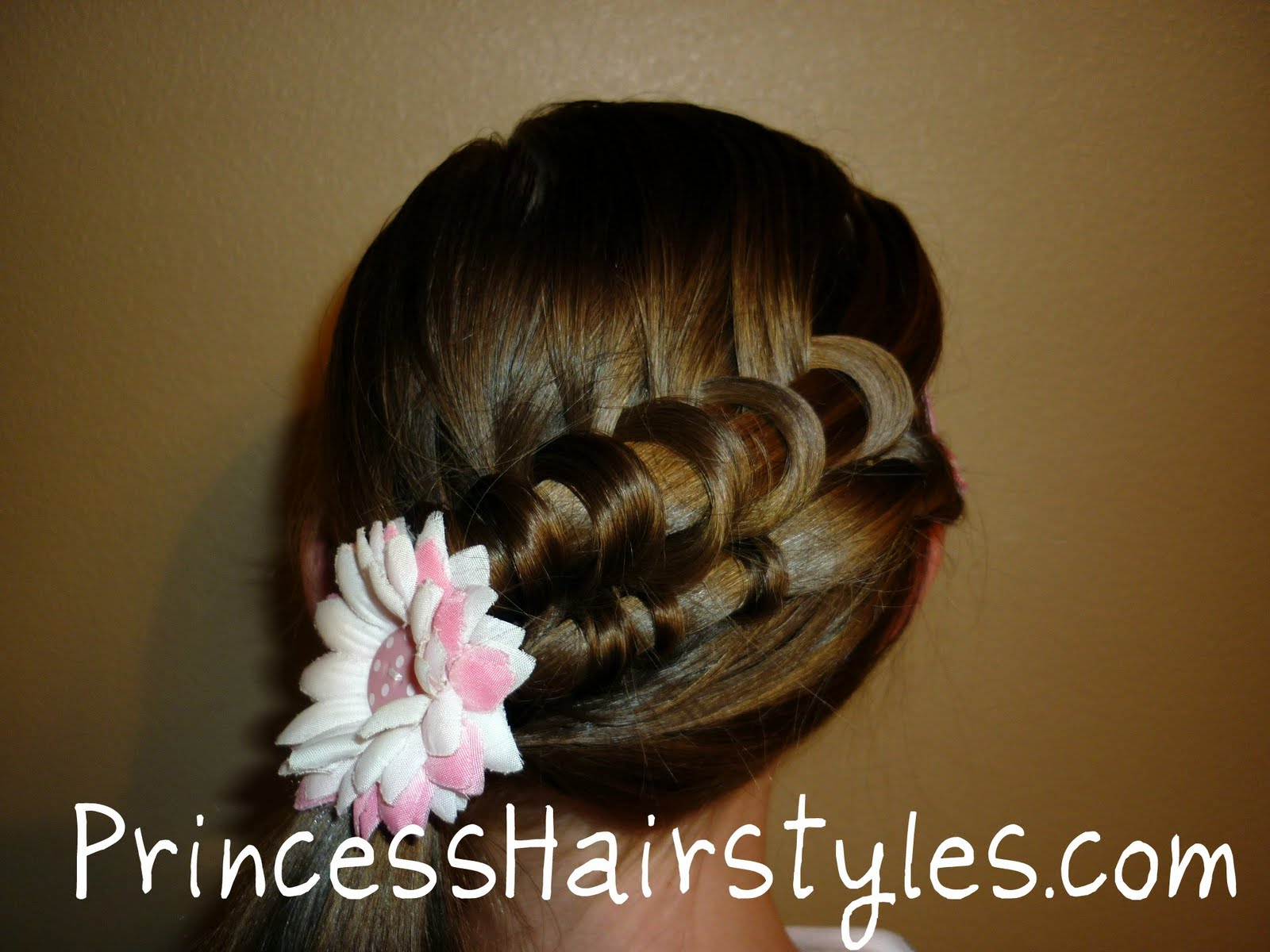 Hairstyles For Girls: Spiral Knot French Braid