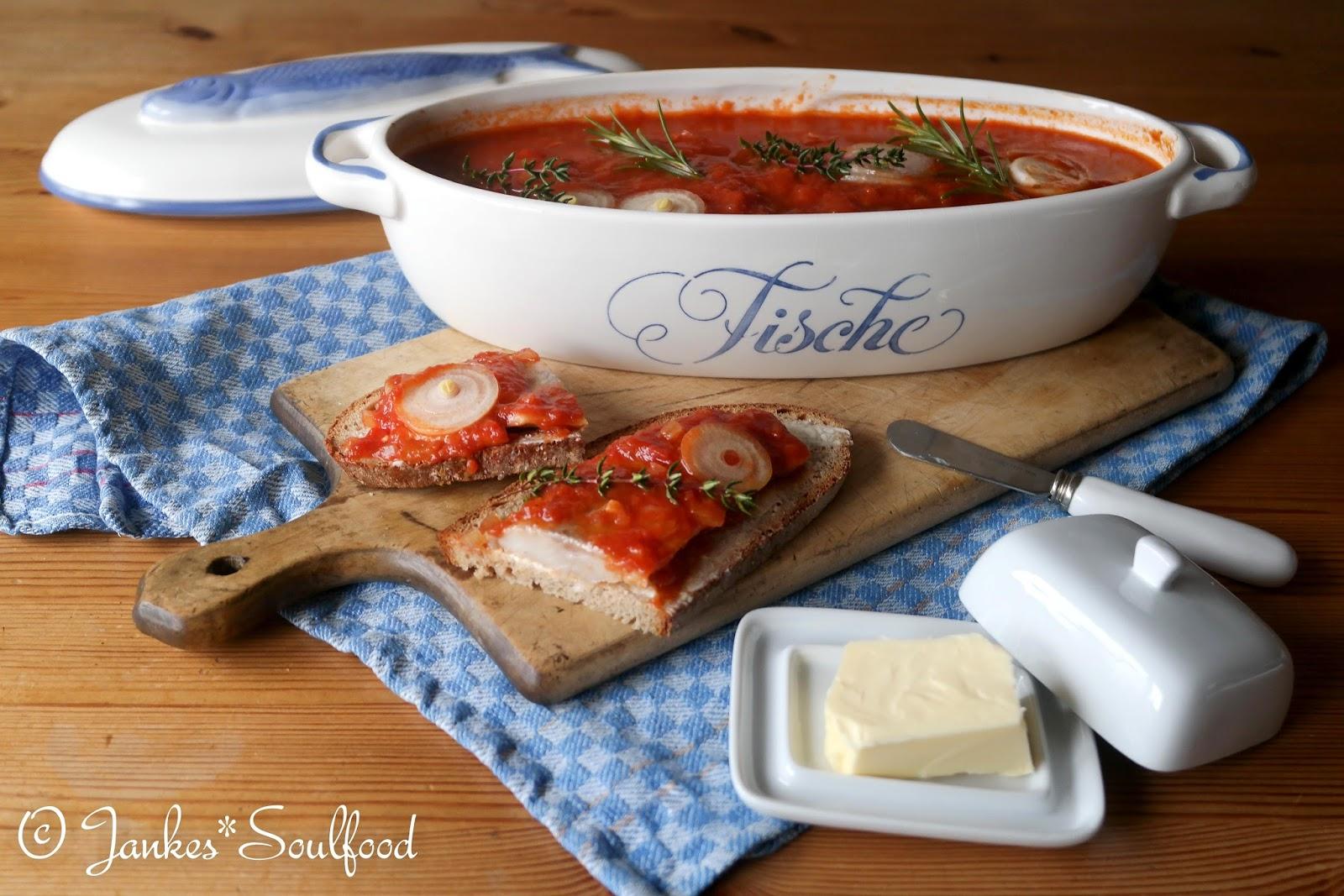 Heringsfilet in Tomatensauce selber machen