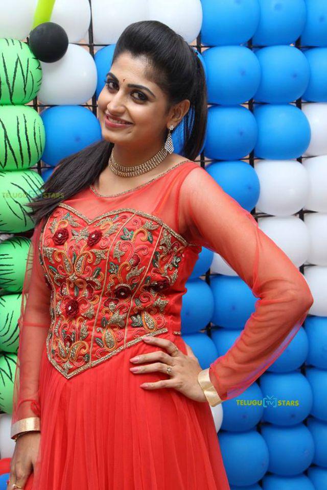 Chaitra Rai Telugu Tv Serial Actress-8179