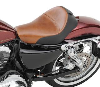 Asiento de moto de piel Saddlemen Renegade Lariat