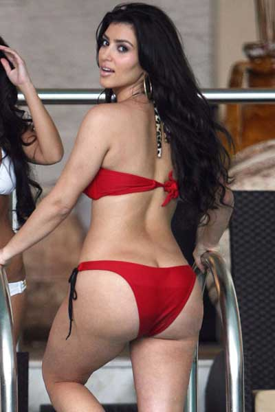 Assured, Bigass desi girl in bikini photo turns