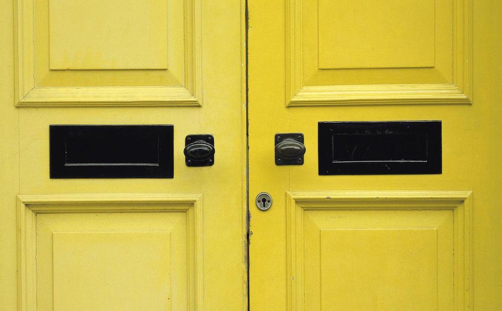 #colorsoloparami amarillo en la deco