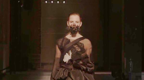Masha Ma's black respiratory face mask