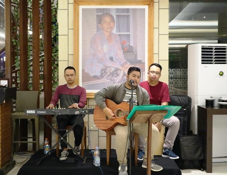 Live Accoustic di Hotel Merapi Merbabu Yogyakarta