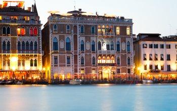 Wallpaper: Memories from Venice