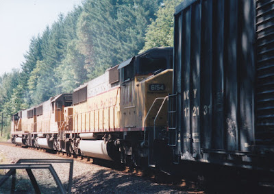 Union Pacific SD60M #6154 at Hampton, Oregon, on July 20, 1997